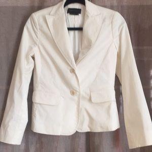 Very clean blazer from max BCBG maxazria